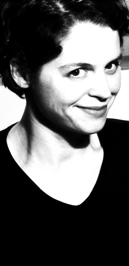 Nina Dulleck Portrait